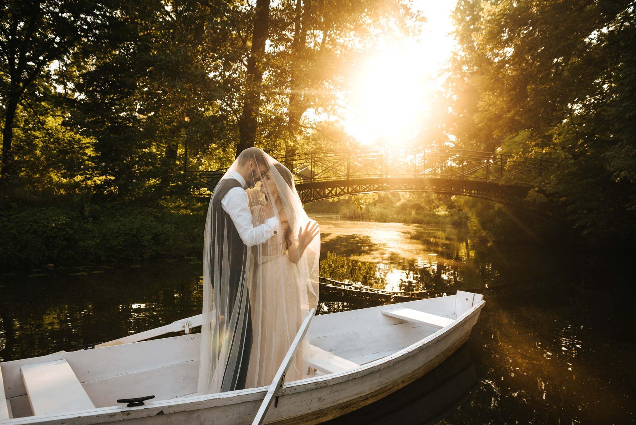 poślubną sesja na łódce